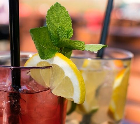 drinki z likierem brzoskwiniowym
