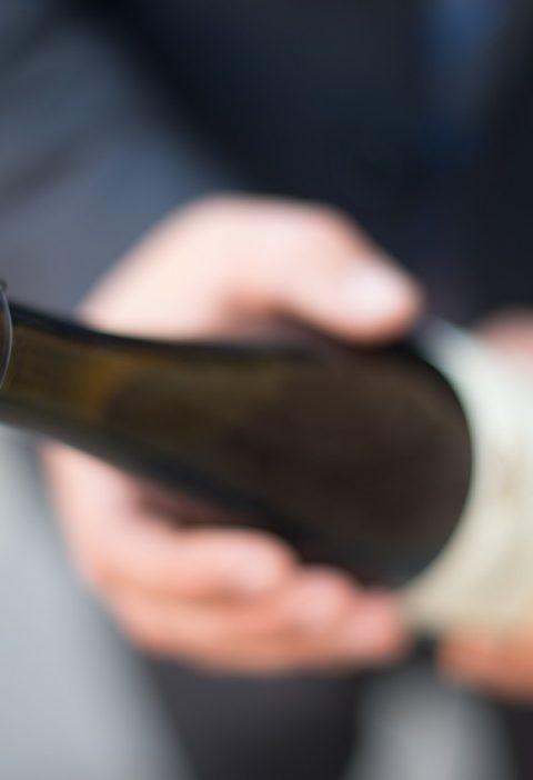 Jak otworzyć butelkę szampana